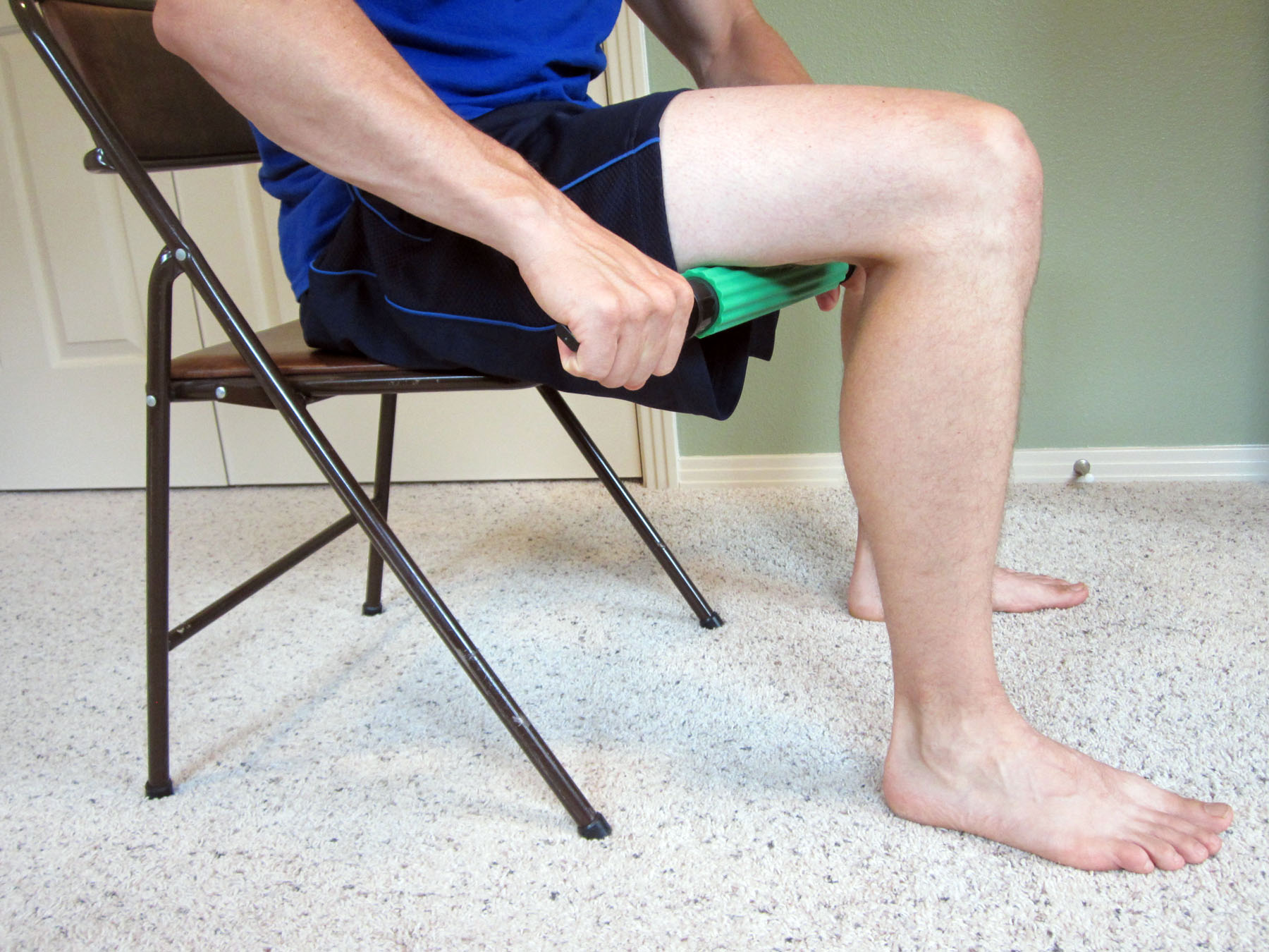 What does a pulled or torn hamstring feel like — photo 2